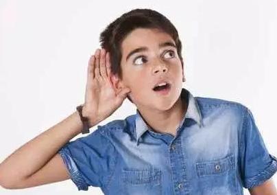 佳声听力推荐您,双耳佩戴助听器效果更好